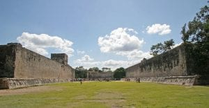 The Great Ball Court at Chichen Itza (545 by 232 feet). By Brian Snelson [CC BY 2.0], via Wikimedia Commons.