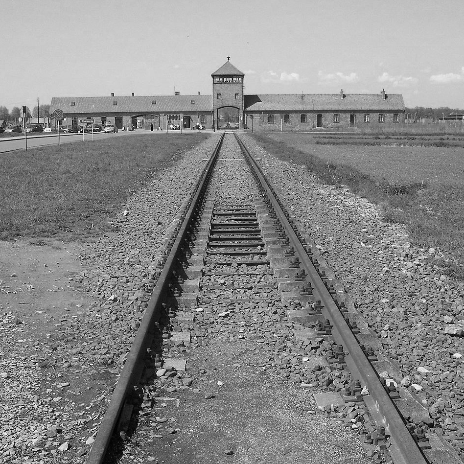 what is the historical significance of the holocaust
