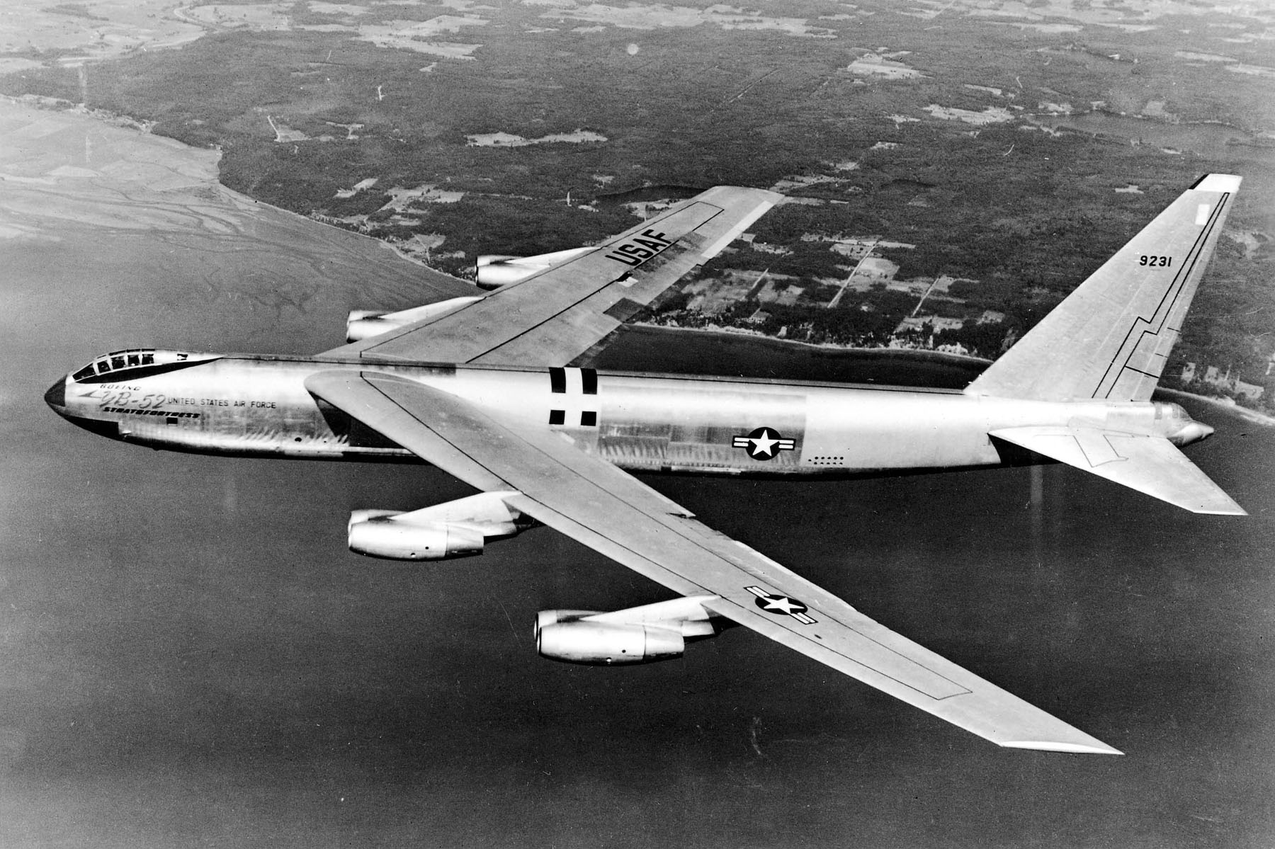 The B-52 Bomber: The Air Forceu0026#39;s Workhorse - History