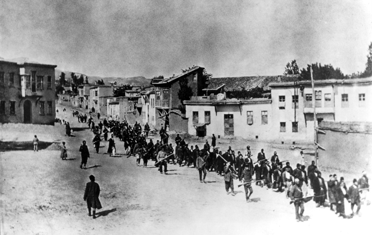 an introduction to the history of armenian genocide Introduction to the armenian genocide the armenian genocide is a thesis originally fabricated by british war propaganda organizations during world war i.